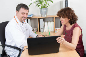 A pharmaceutical sales representative has a meeting with a doctor